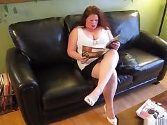 Sd - chubby redhead milf jennifer makes a sextape on the sofa