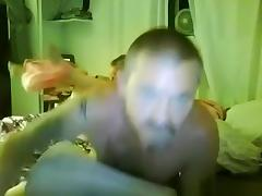 Dude pumps a load inside his wife's pussy in missionary position