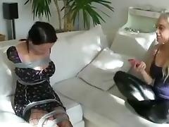 Escape challenge taped girl