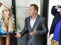 Bridgette B & Xander Corvus in Stuck In The Elevator - Brazzers
