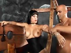 Vin Deacon Gets Nasty With Dominatrix Foxxy