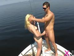 Amateur chick Niki hardcore on boat