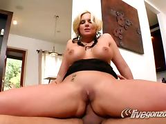 Phoenix Marie Is The Perfect Fuck Buddy