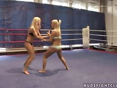 Busty Blondes Eat One Another And Play With Their Big Tits In The Ring
