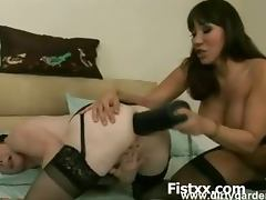 Kinky Whore Seducively Fist Penetrated