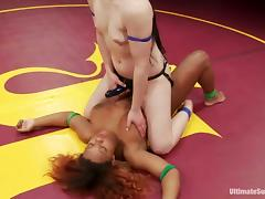 Interracial lesbian fight with Cheyenne and Yasmine