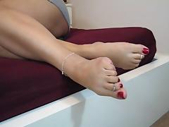 Barefeet foot show