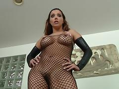 Magnificent Francesca Le Plays With A Strapon In A Solo Model Video