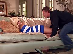 Alexis Texas gives a terrific blowjob and gets anal fucked